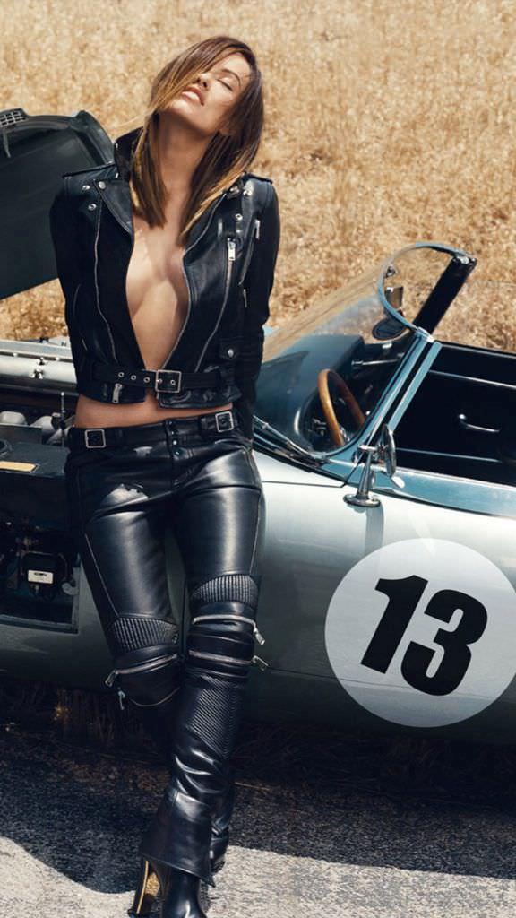 Оливия Уайлд фото с машиной