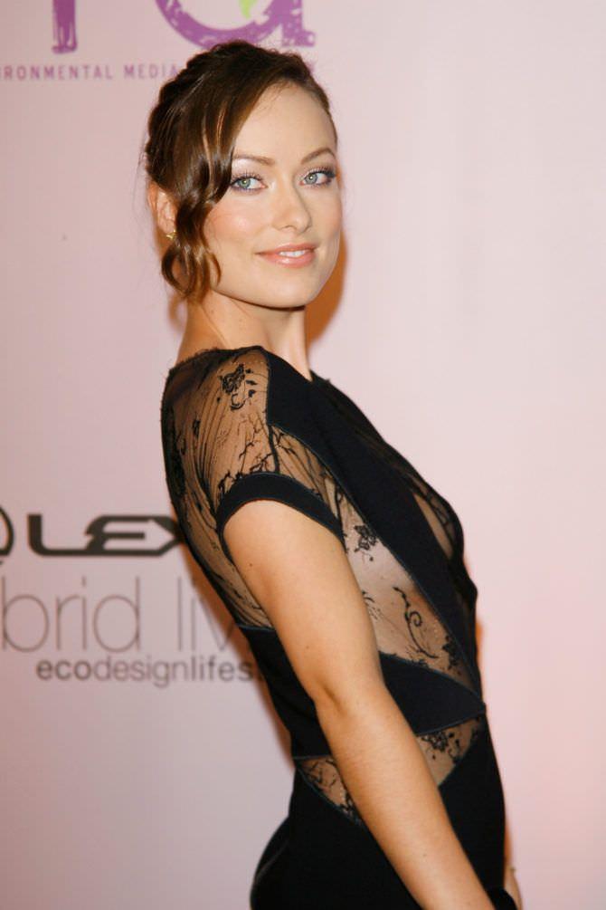 Оливия Уайлд фото в вечернем платье
