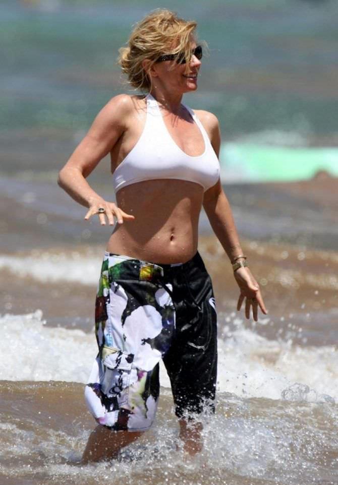 Розанна Аркетт фотография на пляже