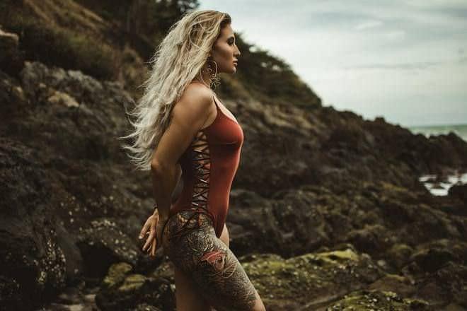 Анастасия Янькова фотография на пляже