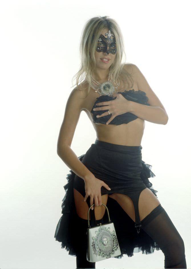 Ксения Собчак фотография в эротическом белье