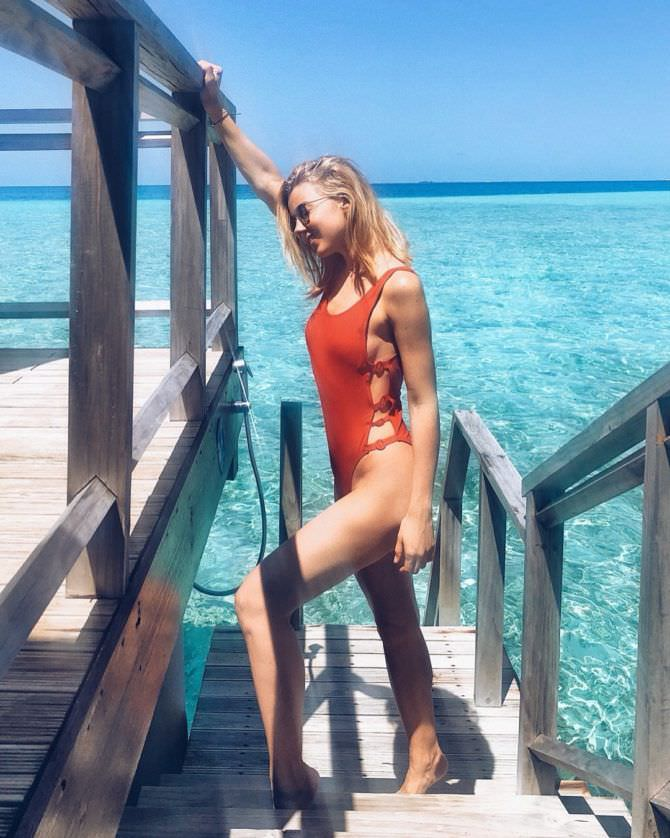Юлианна Караулова фото на пирсе