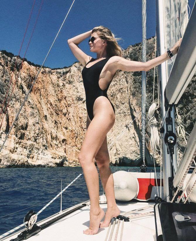 Мария Ивакова фотография в купальнике