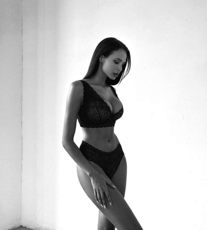 Анастасия Решетова фото в белье