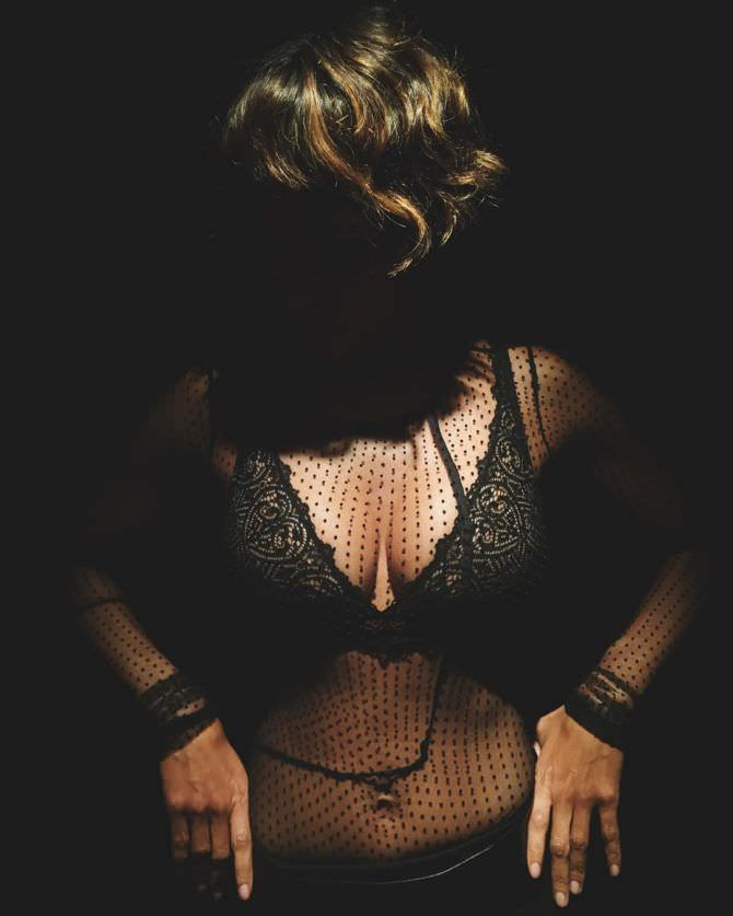 Холли Берри фото в белье в инстаграм