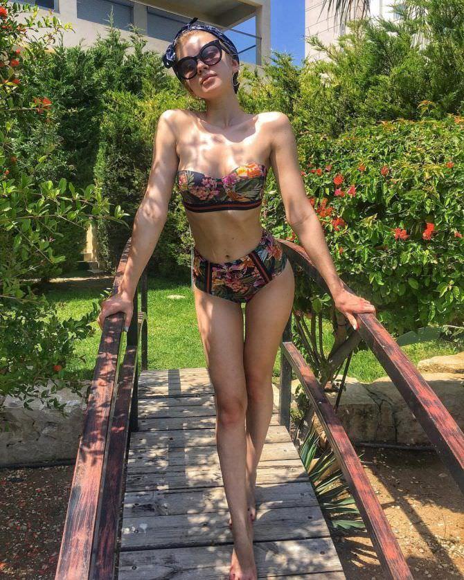 Анастасия Уколова фото в бикини