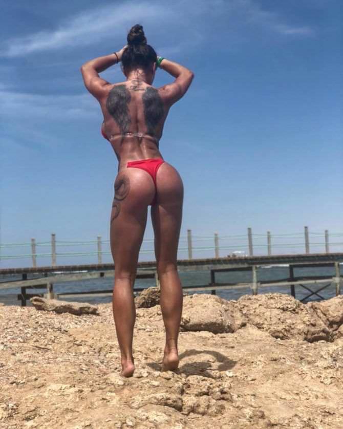 Александра Киевская фото на пляже