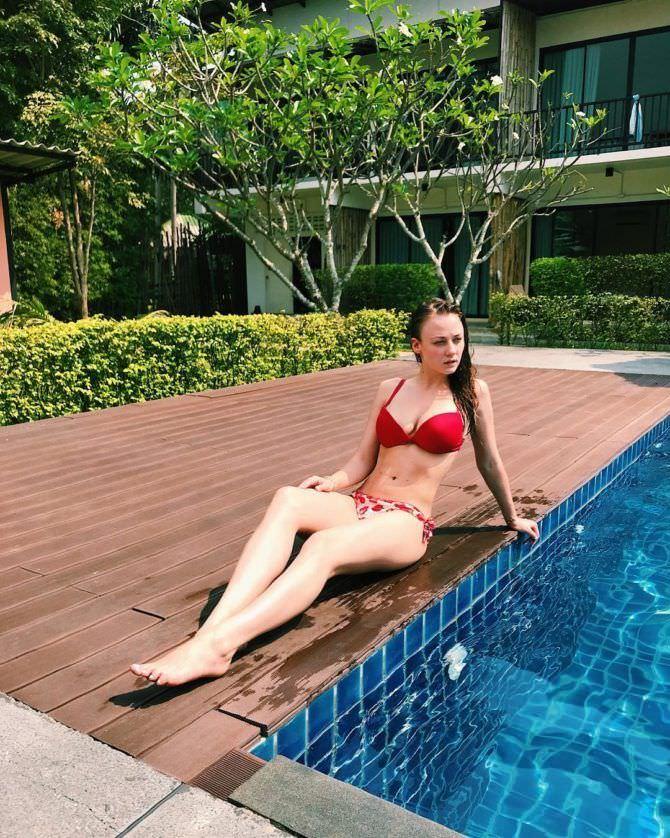 Ингрид Олеринская фото в купальнике