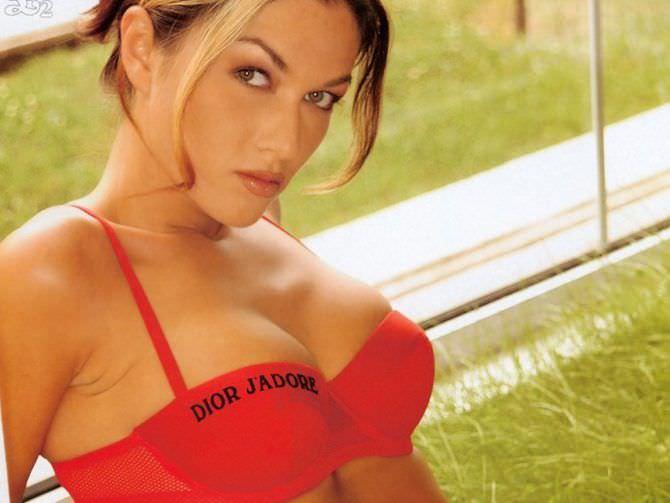 Юлия Такшина фото в купальнике