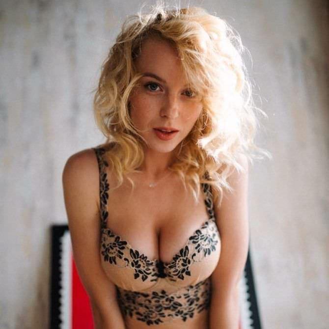 Ульяна Тригубчак фото в красивом белье