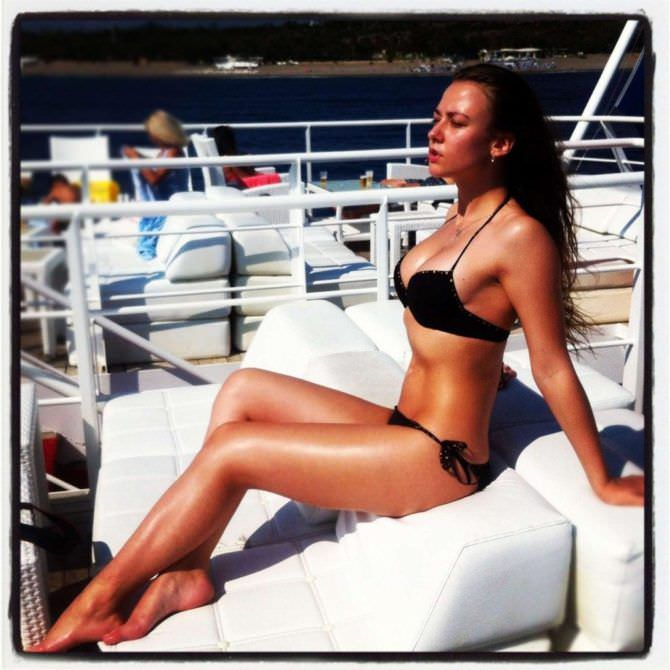 Ингрид Олеринская фотография в купальнике