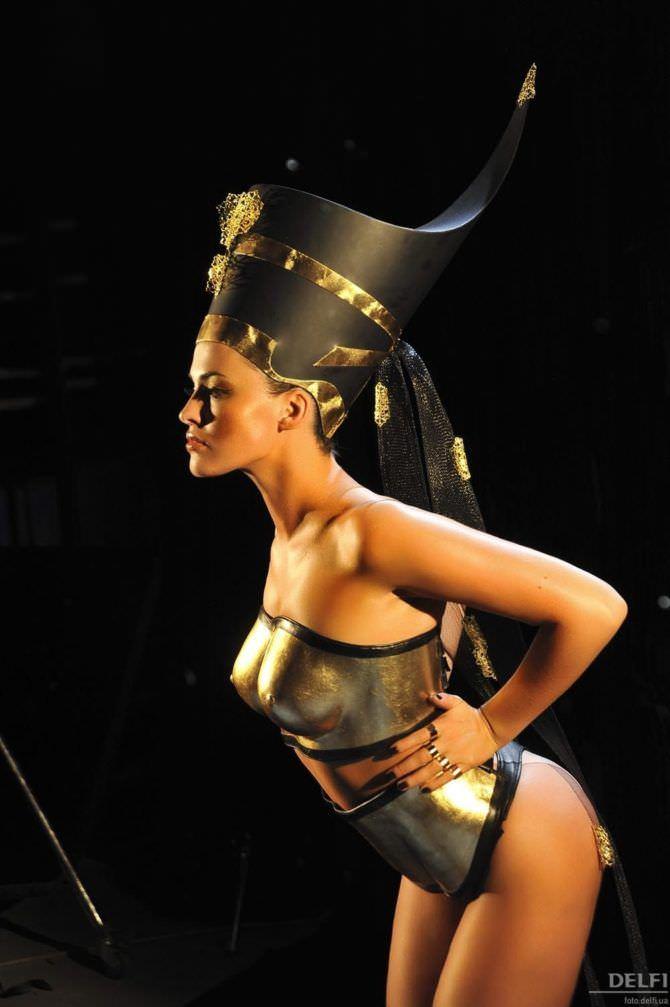 Даша Астафьева фото в костюме фараона