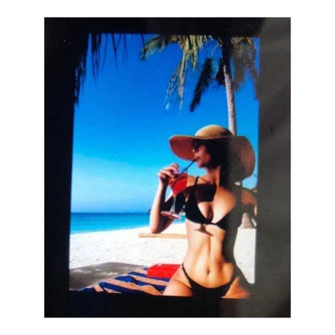 Зои Дойч фотография в инстаграм