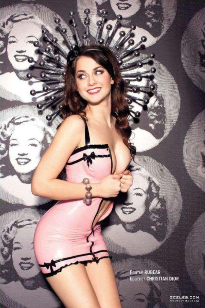 Ингрид Олеринская фото в розовом платье