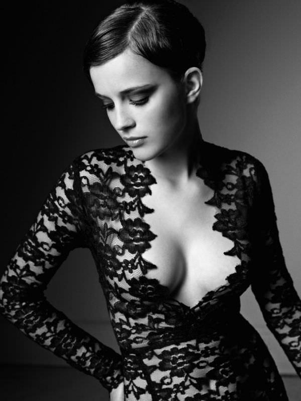 Эмма Уотсон фото в кружевном платье