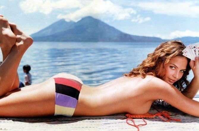 Джози Маран фото на пляже