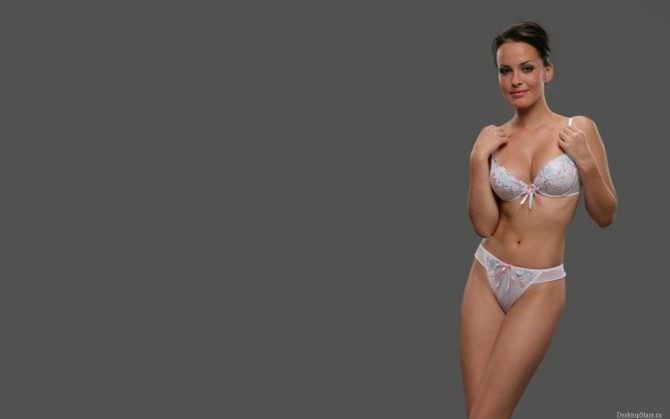 Даша Астафьева фотография в белом белье