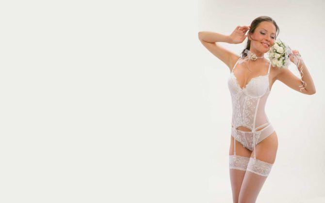 Даша Астафьева фото в белом белье