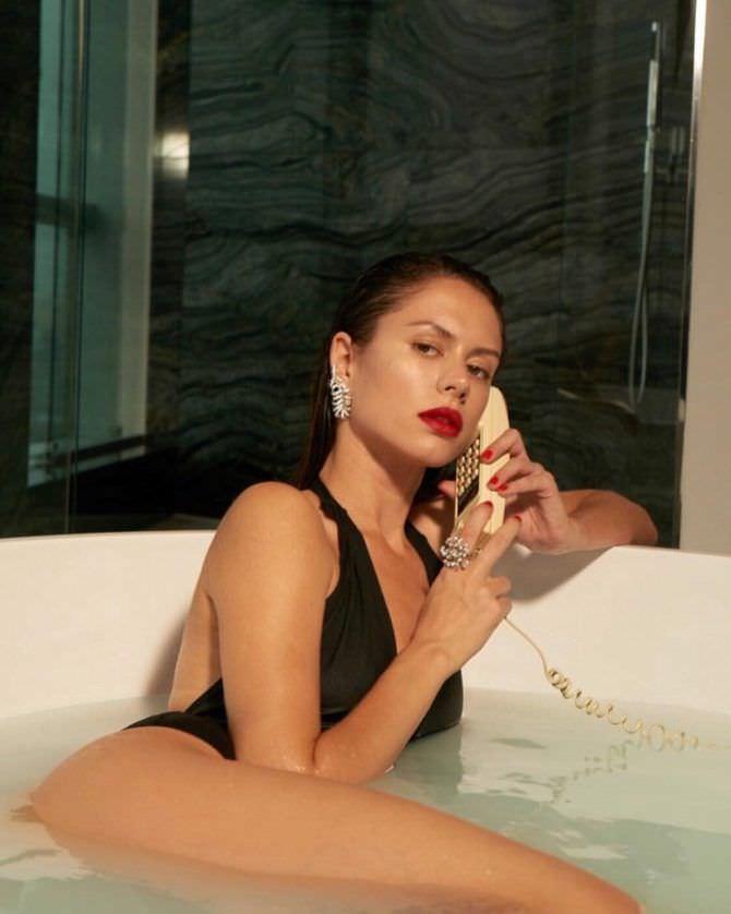 Диана Пожарская фотография в ванне