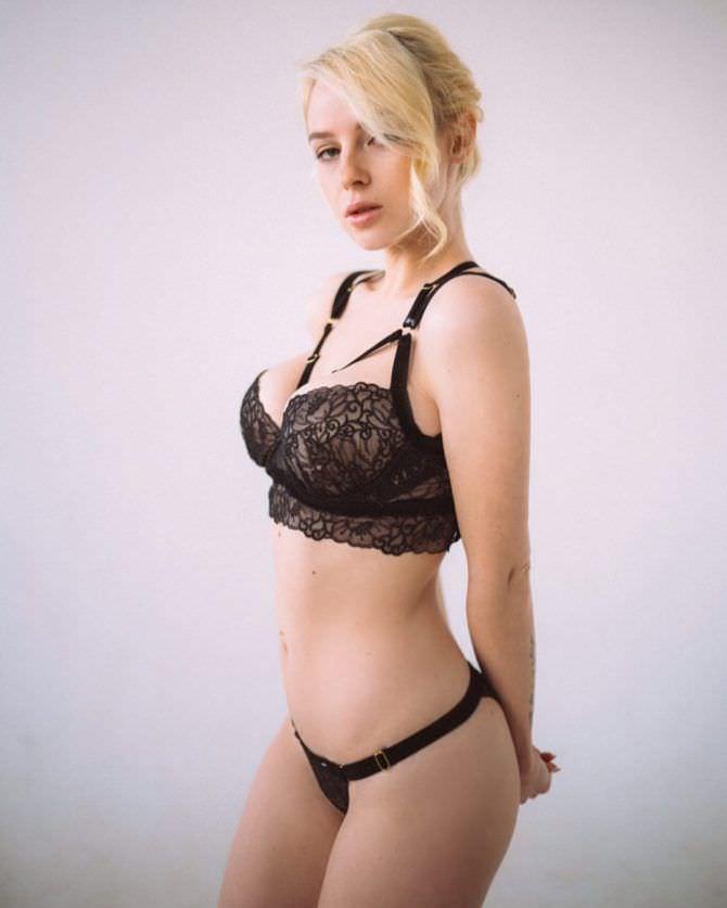 Ульяна Тригубчак фото в кружевном белье
