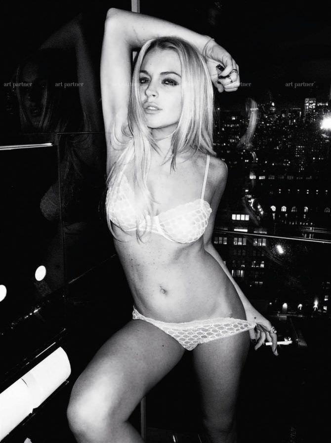 Линдси Лохан фотография в белье