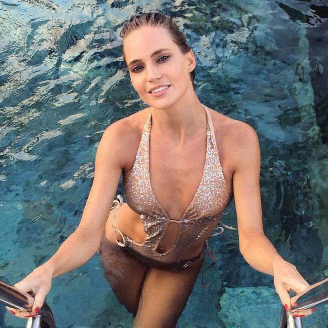 Наталья Ионова фото в бассейне