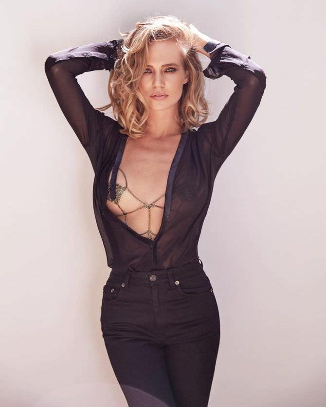 Наталья Ионова фото в рубашке