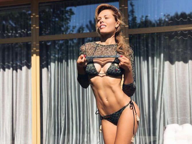 Мария Горбань фото в бикини