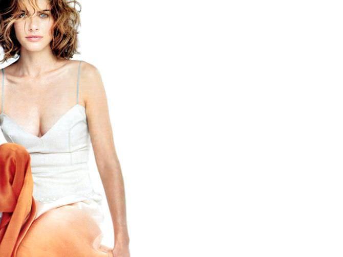 Аманда Пит фотография в платье