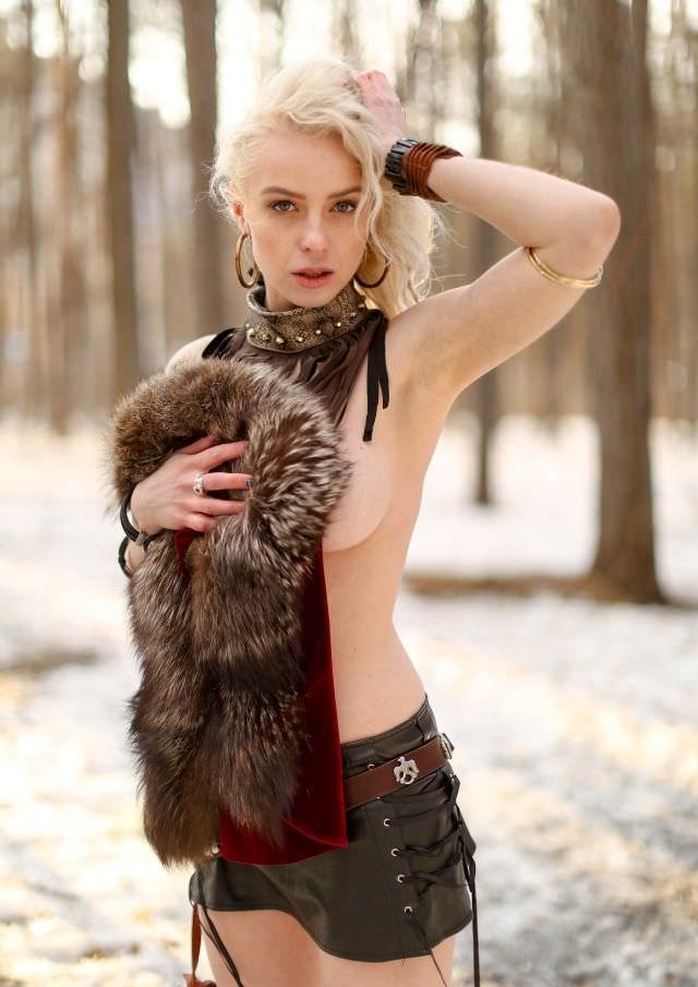Ульяна Тригубчак фото с мехом
