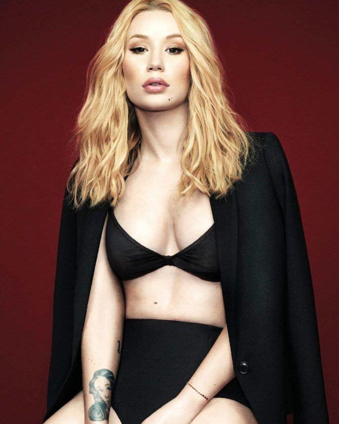 Игги Азалия фото в чёрном пиджаке