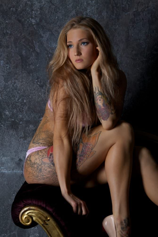 Анастасия Янькова фотосессия в бикини