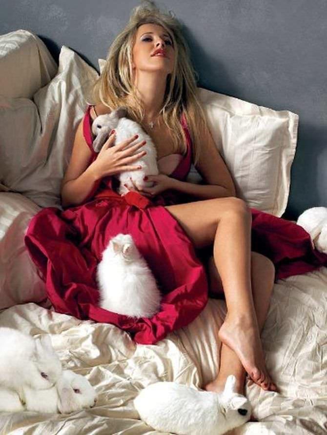 Ксения Собчак фотография с кроликами