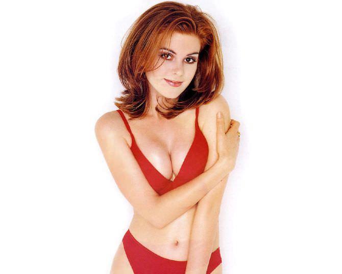 Айла Фишер фото в бикини