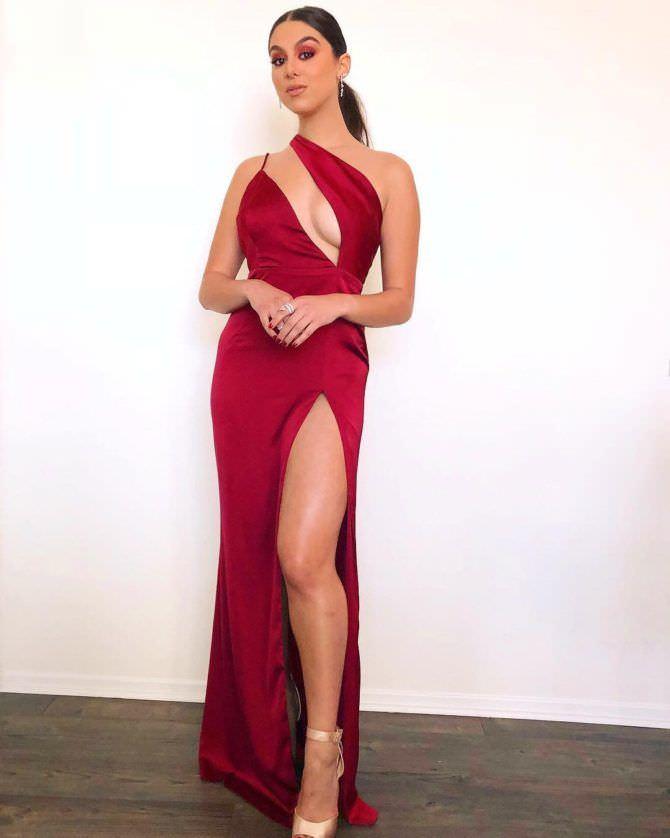 Кира Косарин фото в вечернем платье