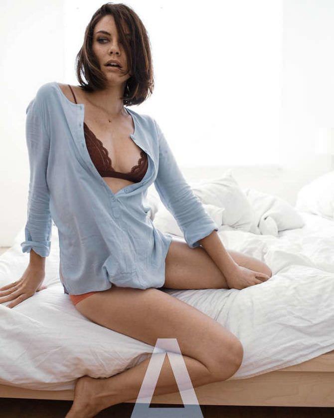 Лорен Коэн фото в постели
