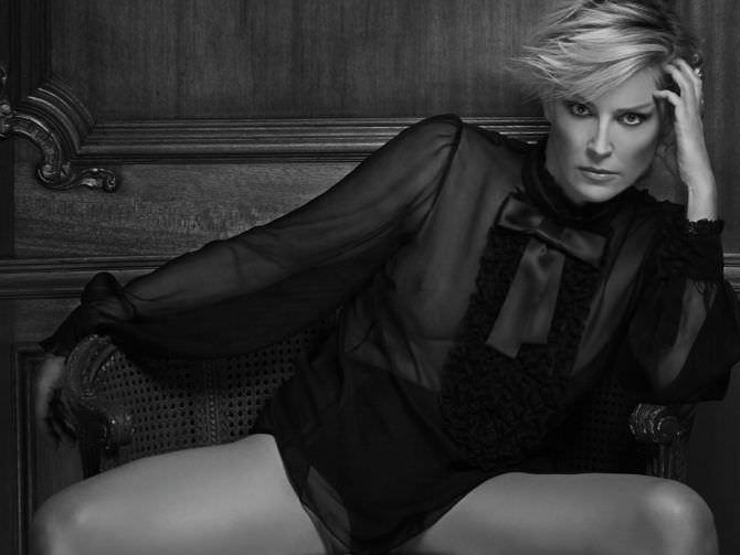 Шэрон Стоун фото в чёрной блузке