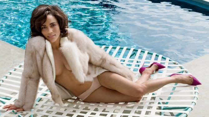 Пола Паттон фото у бассейна