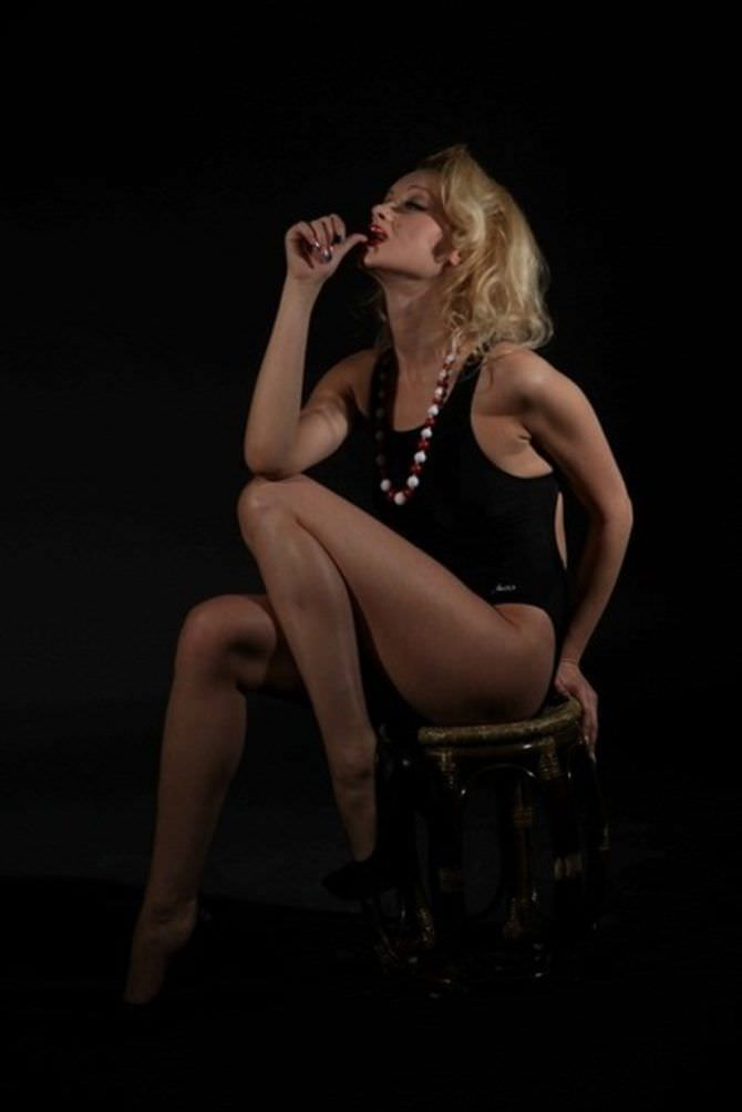 Ирина Темичева фото на стуле