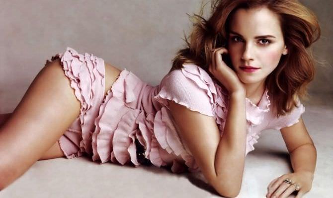 Эмма Уотсон фото в пижаме