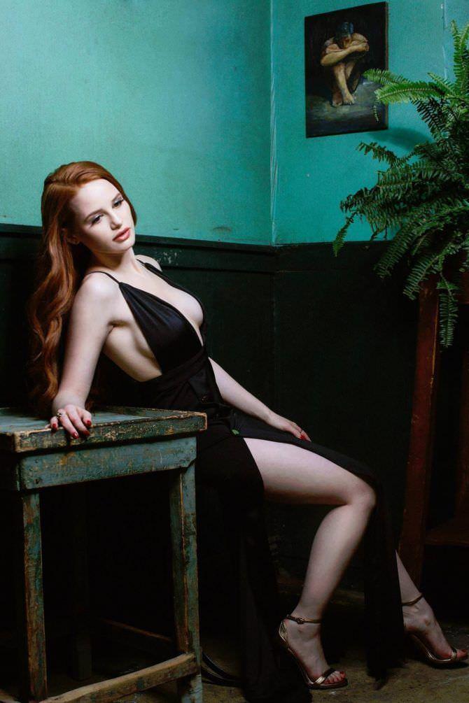 Мэделин Петш фото в вечернем платье
