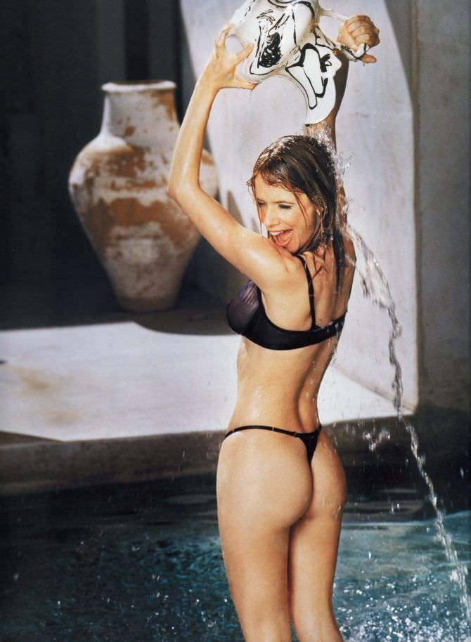 Розанна Аркетт фото в бикини