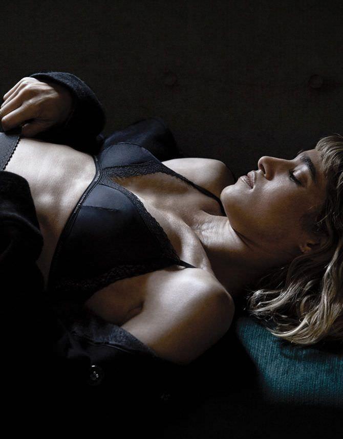София Бутелла фотосессия в журнале в белье