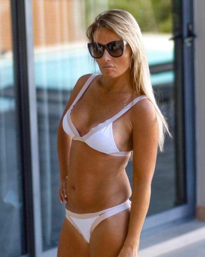 Дана Борисова фотография в белом бикини