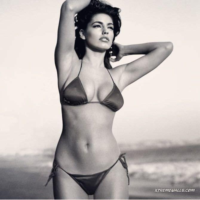 Келли Брук фото в бикини в инстаграм
