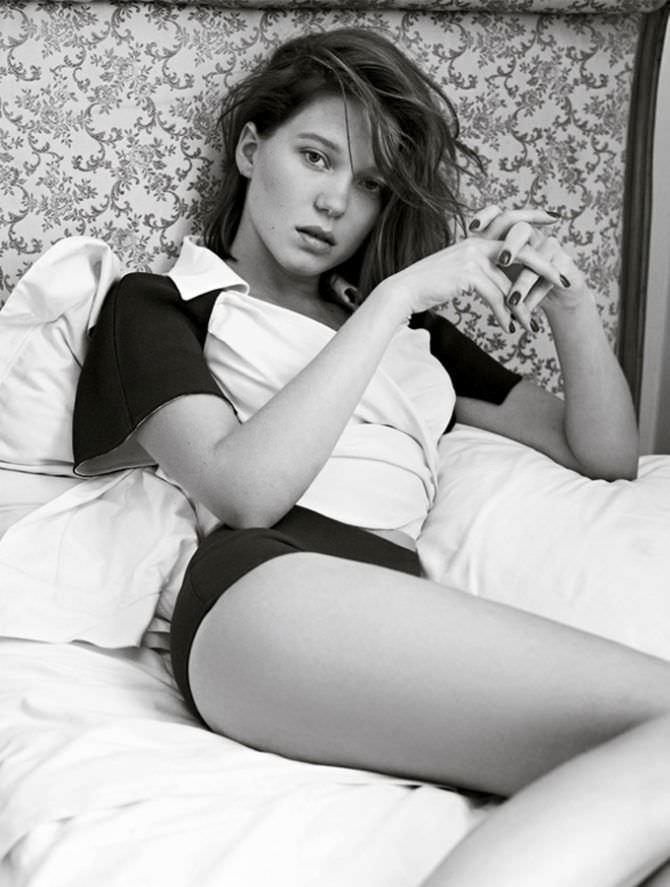 Леа Сейду фото в пижаме на потели