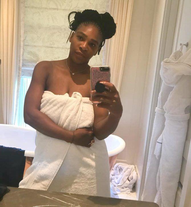 Серена Уильямс фото в полотенце в ванной