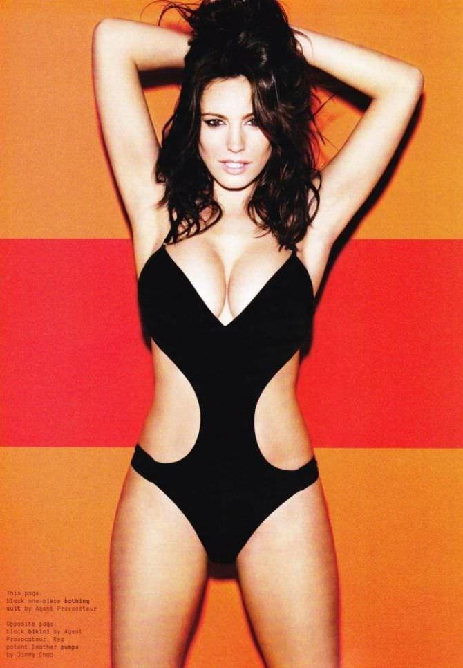 Келли Брук фото в купальнике из журнала эскваер