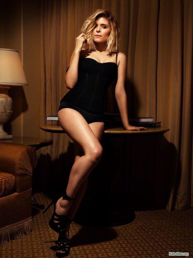 Кейт Мара фото в чёрном боди