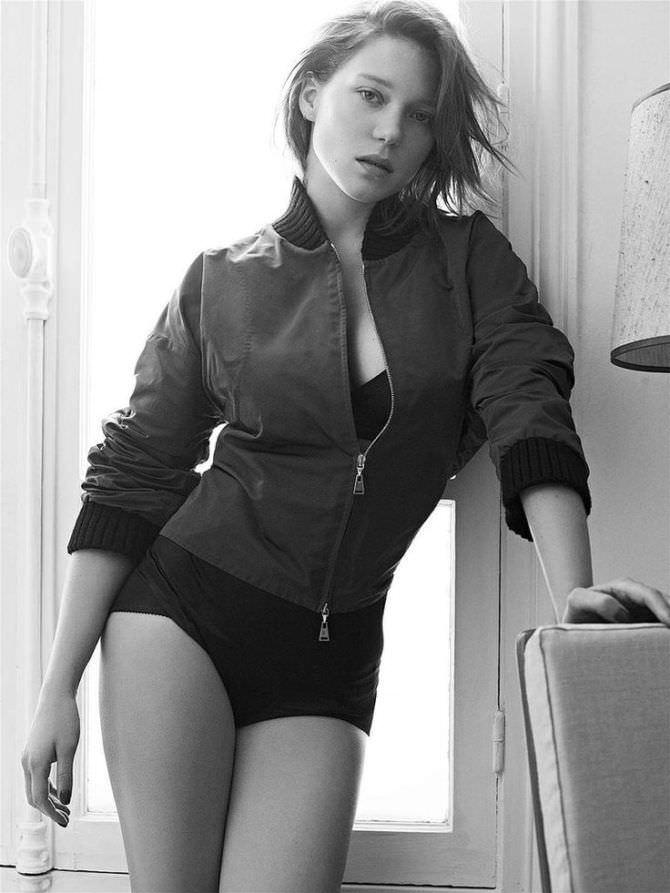 Леа Сейду фотография в куртке